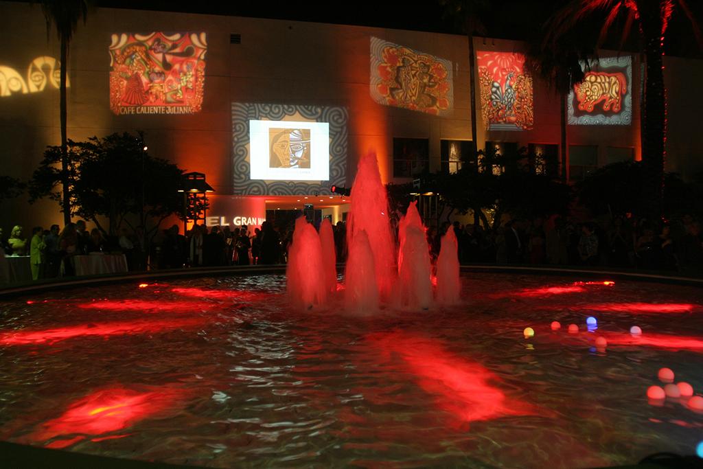 Gala anual El Gran Mambo, Museum of Art | Fort Lauderdale, destacando el trabajo de  Carlos Luna, 2009